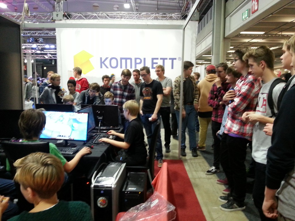 People lining up to play Corroded.